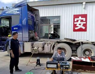 思茅区首次抽检柴油车挖掘机尾气排放